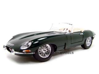 1961 JAGUAR E TYPE CONVERTIBLE GREEN 1:18 DIECAST CAR MODEL BY BBURAGO