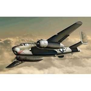 Italeri 1/72 B 25G Mitchell Bomber Airplane Model Kit Toys & Games