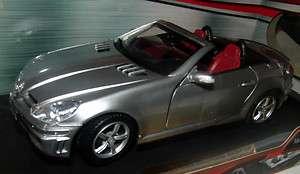 18 Motormax Mercedes Benz SLK55 AMG Diecast Car Silver Brand New