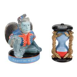 Wizard of OZ Salt & Pepper Set   FLYING MONKEY!