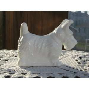 Milk White Glass Highly Detailed Hand Cast Scottish Terrier Scotty Dog
