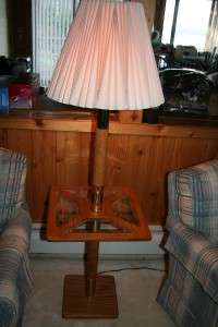 WOOD POLE LAMP WITH TABLE BASE GLASS & BRASS 17X17 SQUARE TOP VERY