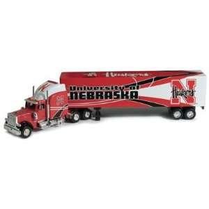 NCAA Peterbilt Tractor Trailer   Nebraska Cornhuskers