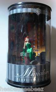 Classic Collection Poison Ivy BatmanAnimated Series Warner Bros