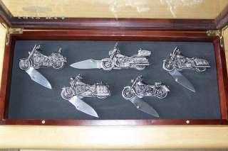 MOTORCYCLE POCKET KNIFE SET WITH HARDWOOD & GLASS TABLE TOP DISPLAY
