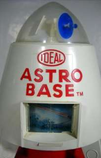 VINTAGE IDEAL ASTRO BASE BAT.OP. 20 SPACE STATION
