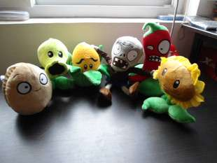 PC Plants vs. Zombies Family Plush 7 Toy Doll