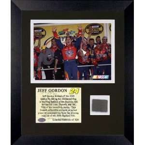 Jeff Gordon   2005 Daytona 500 Champion   Framed 6x8 Photograph with