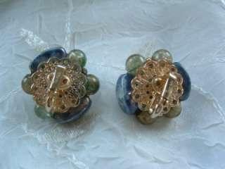 VTG Crown TRIFARI Blue Golden Swirl Art Glass & Plastic Cluster Clip