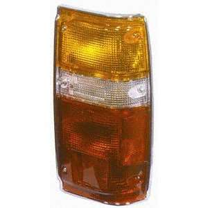 84 88 TOYOTA PICK UP 4RUNNER (w/ CHR) RIGHT TAIL LIGHT