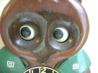 ANIMATED NOVELTY MI KEN RACCOON OWL MOVING EYE WOODEN WALL CLOCK
