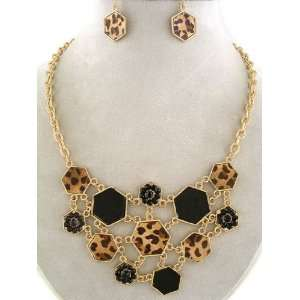 Fashion Jewelry ~ Goldtone Hexagons Shape Necklace and