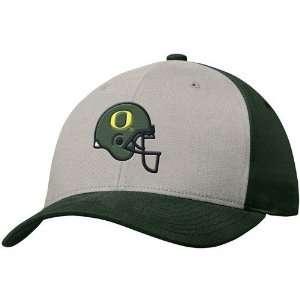 Nike Oregon Ducks Green Helmet Campus Hat: Sports