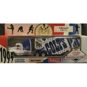 Indianapolis Colts NFL Diecast 1995 Matchbox Tractor