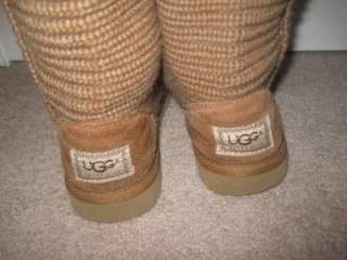 Womens / Girls UGG brown SWEATER Boots size 5