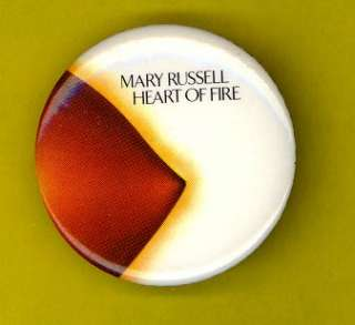 Mary Russell Leon 1979 badge button pinback