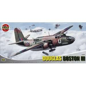 Boston III Military Aircraft Classic Kit Series 4 Toys & Games