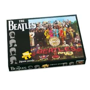 Beatles 1000 Piece Jigsaw Puzzle   Sgt Peppers Lonely Hearts Club Band
