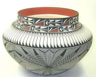 Acoma Pueblo Pottery Vase ~ 10 1/2 Inch   27829