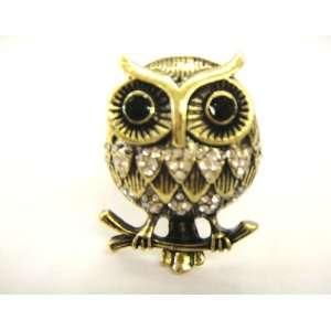 Big Gold Tone Owl With Silver Rhinestone Stretch Fashion Ring
